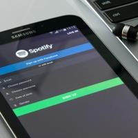Bliv afslappet med musik fra en musik-app