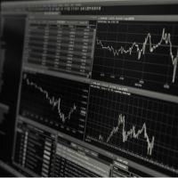 Tjen penge online med aktier – Begynderguide