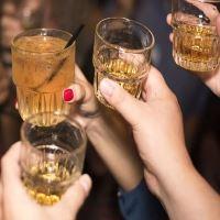 Få en sjovere lørdag aften med vennerne